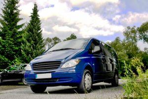 minivan-1083983-m