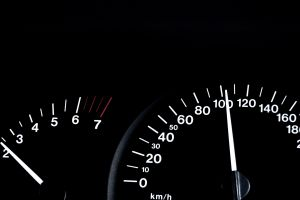 spidometer-with-100kph-on-it-1098526-m